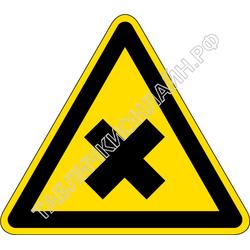 Изображение предупреждающего знака  W 18  Осторожно. Вредные для здоровья аллергические (раздражающие) вещества ГОСТ Р 12.4.026-2015